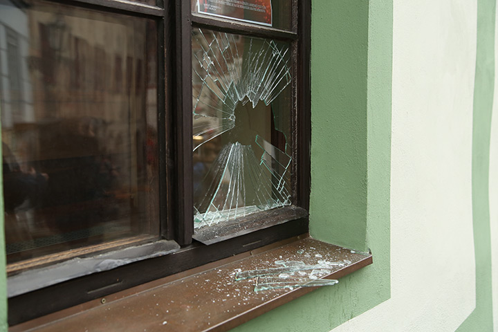 A2B Glass are able to board up broken windows while they are being repaired in Richmond Upon Thames.